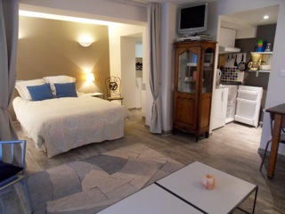 studio des musiciens location meubl strasbourg les g tes de l orangerie 3 studios h tel. Black Bedroom Furniture Sets. Home Design Ideas